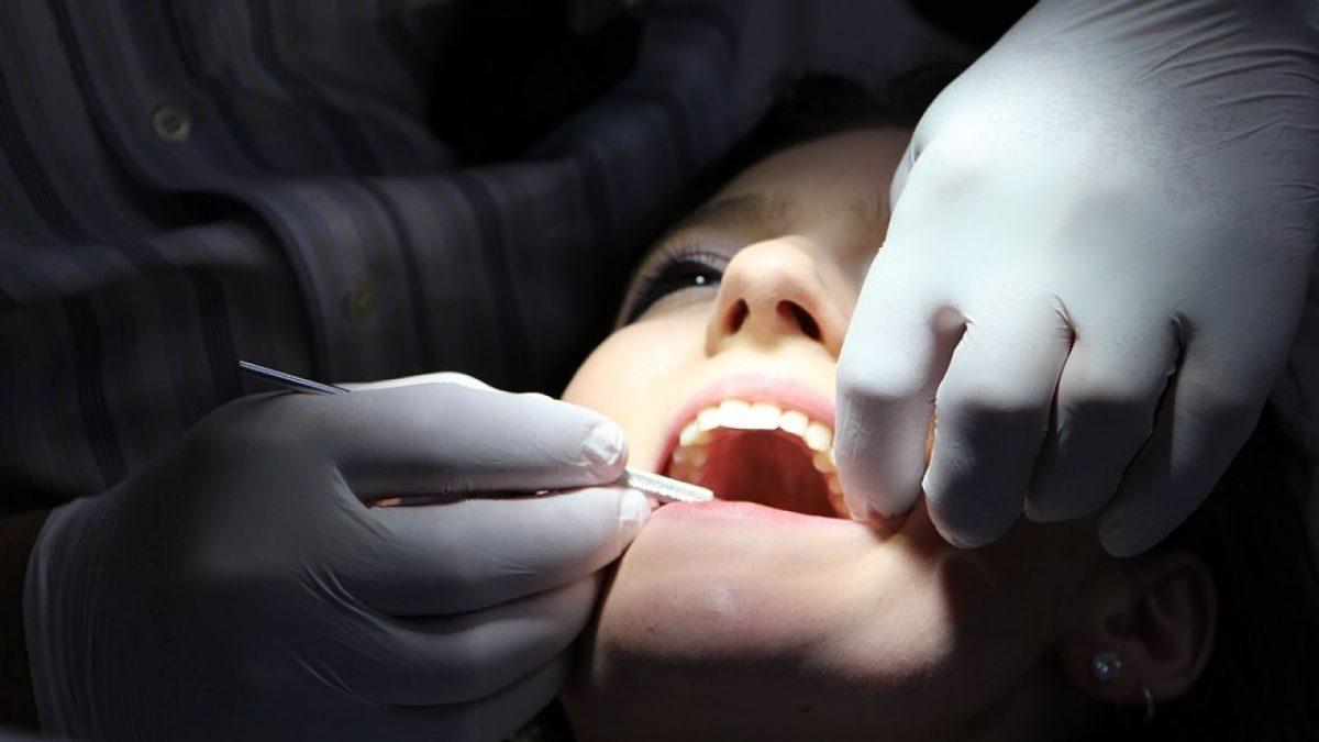 مزایای بی حسی دندان در جراحی